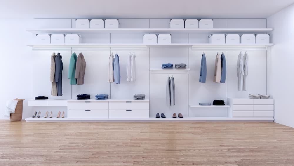 Le dressing, tant convoité par les femmes, est devenu un élément indispensable de la chambre à coucher